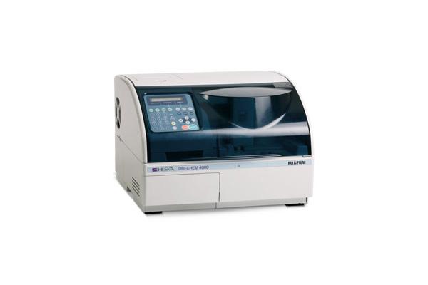 血液生化学自動分析器